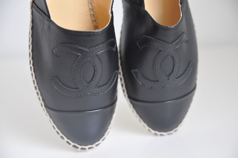 Auth Chanel Classic Iconic Leather CC Logo Espadrille Flats Loafer Shoe 7 38 | eBay