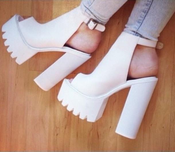 shoes white chunky heels wheretoget
