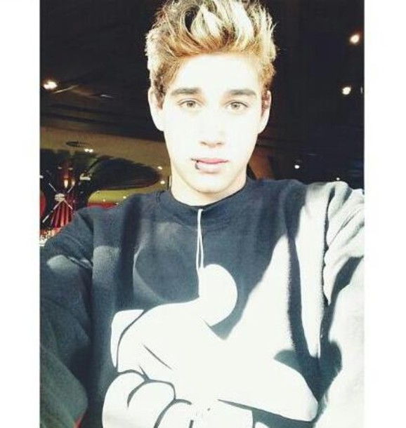 Sweater: janoskians, janoskians, luke brooks - Wheretoget