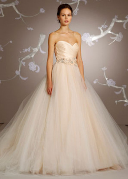 dress tulle peach color