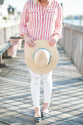 lemon stripes,blogger,shirt,hat,striped shirt,spring outfits,ballet flats,straw hat,white pants