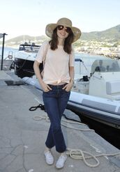 top,jeans,lily collins,straw hat,streetstyle