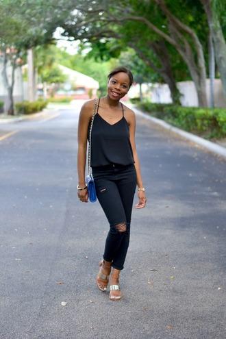 cha cha the fashion genius blogger black ripped jeans black tank top