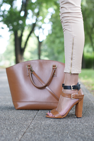 shoes camel and black low heels