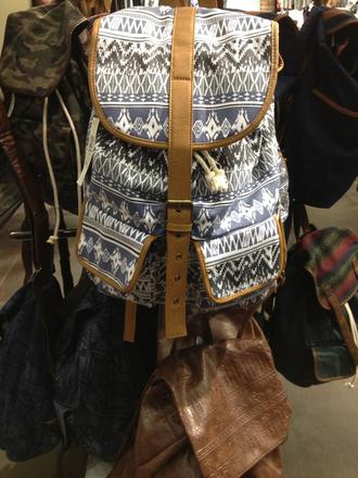bag tumblr aztec backpack