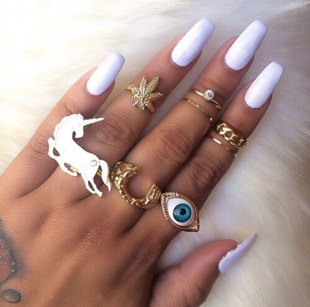 jewels long nails finger rings ring gold weed eye nail polish white eye ring dope wishlist nail accessories nails ring acessories mid ring unicorn blanc bijoux bague minnie mickey dor? pretty tumblr girl kawaii fairy tale