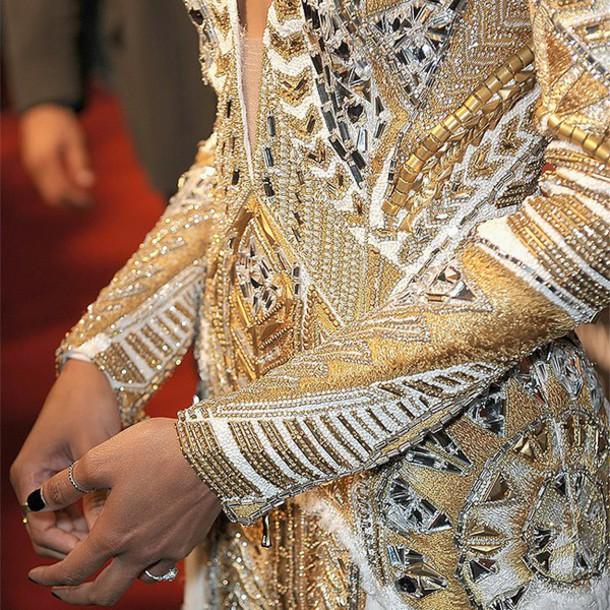 blogger balmain embroidered gold blouse