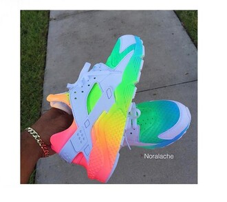 shoes nike shoes huarache multicolor rainbow low top sneakers