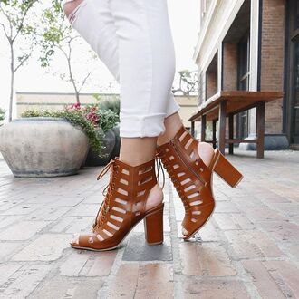 shoes tan chestnut brown sandals chunky heel heels spring summer gojane