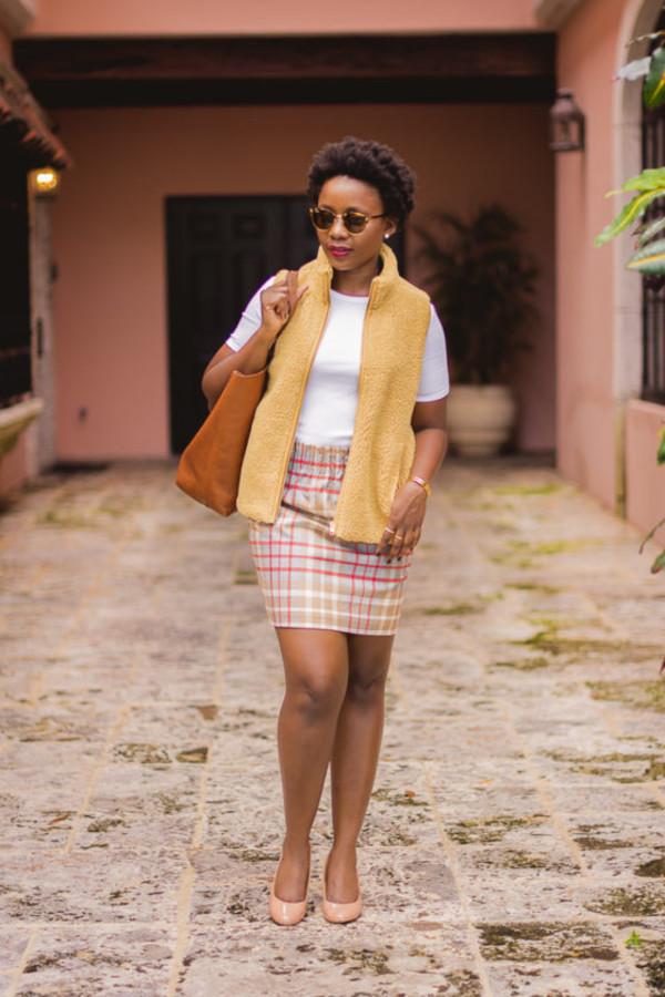 pinksole blogger coat sunglasses jewels jacket t-shirt skirt shoes bag yellow jacket vest fall outfits pumps teddy bear coat