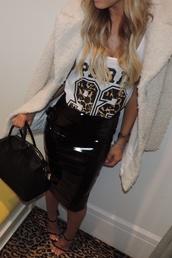 skirt,vinyl skirt,bardot fashion,ghetto fab,teddy bear coat,jacket,white converse,white coat,white fluffy coat,fluffy,fuzzy coat,t-shirt
