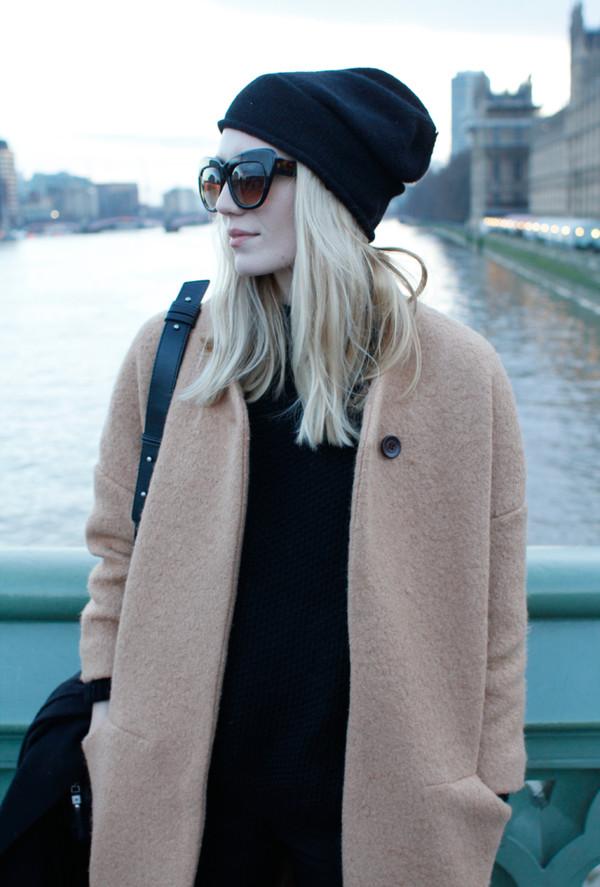 josefin coat sunglasses