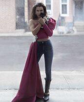 jeans,top,skinny jeans,bella hadid,boots,asymmetrical,one shoulder,editorial,crop tops,Bella Hadid Crop Top