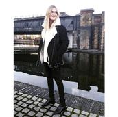 blame it on fashion,blogger,winter jacket,shearling jacket,black jeans,black shearling jacket