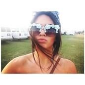 sunglasses,kendall jenner,flowers,cute