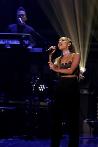 top pants wide-leg pants all black everything crop tops ariana grande choker necklace