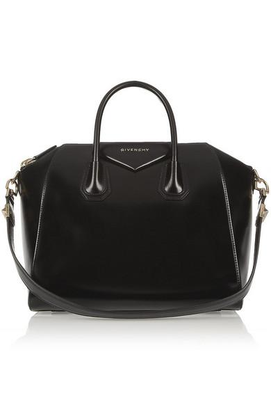 medium antigona bag in shiny black leather
