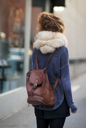 scarf,fur,warm,soft,white,beige,bag,vintage,fashion,backpack,boho,retro,winter outfits,rucksack,brown leather bag,brown leather,leather backpack,fur scarf,faux fur