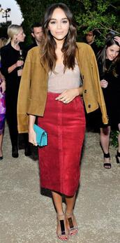skirt,top,midi skirt,ashley madekwe,jacket,sandals,suede,suede jacket,suede skirt,red skirt,shoes,fall colors