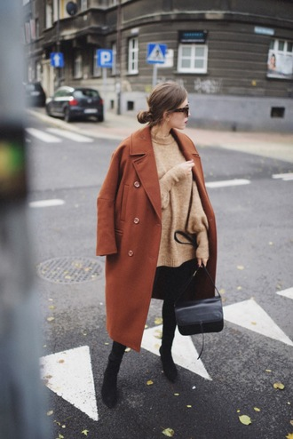 coat tumblr brown coat long coat oversized oversized coat sweater knit knitted sweater bag boots black boots
