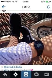 jewels,clock,horloge,Casio,casio watch,watch,black,black watch