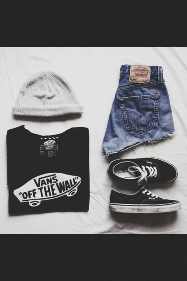shorts hype vans t-shirt hat vans t-shirt High waisted shorts short black t-shirt shoes hipster skater girl cute outfits summer swag