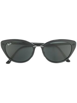 light sunglasses black