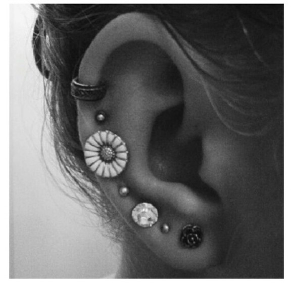 jewels earrings ear cuff ear piercings need earrings!!!!