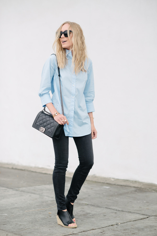 eat sleep wear blogger jewels jeans shoes button up long sleeves black bag shoulder bag skinny jeans black jeans wedges open toes chanel office outfits date outfit