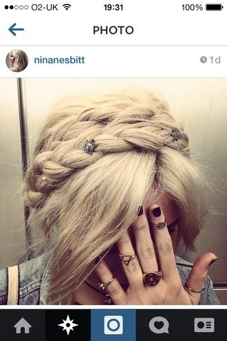 jewels style dashion fashion beautiful stylish jewelry braid hairstyles knuckle ring ring rings and tings nina nesbitt