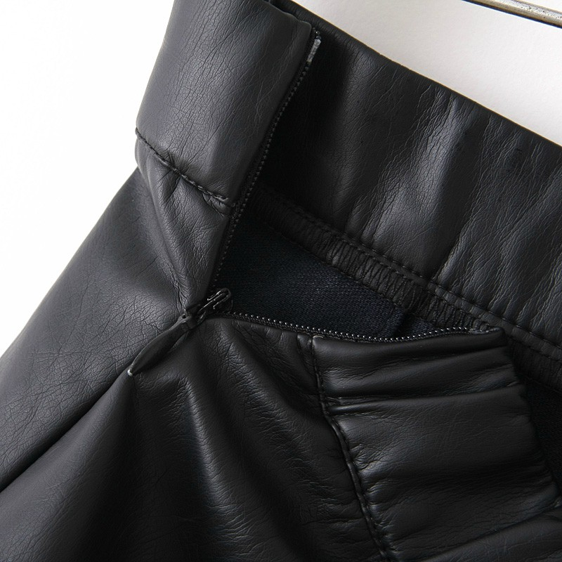 Black Zipper Flare Leather Skirt - Sheinside.com