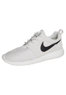 2fce7d53cf8a Nike Sportswear ROSHE RUN SUEDE - Trainers - light ash grey black ...