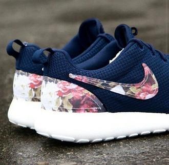 shoes nike sportswear nikesportswear nikewomen nike shoes with flowers