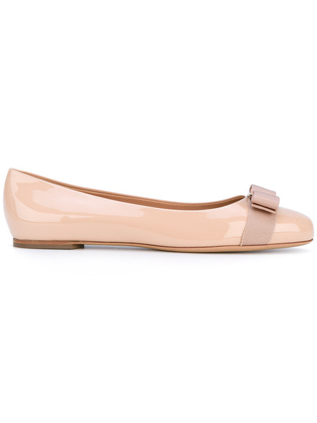 Salvatore Ferragamo bow women shoes leather nude