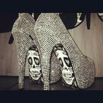shoes skull diamonds