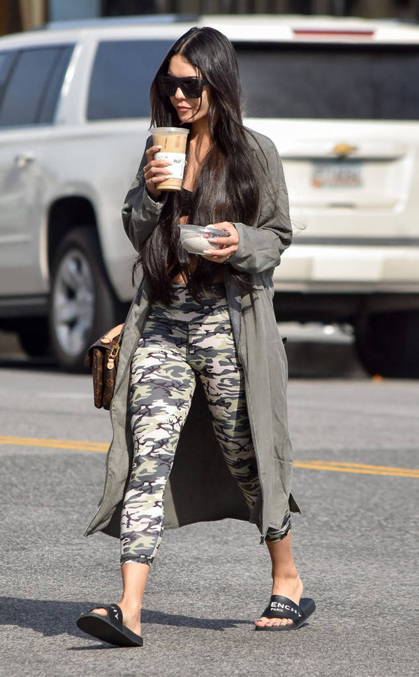 leggings vanessa hudgens streetstyle top camouflage jacket