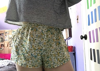 shorts floral flowers vintage grunge tumblr tumblr outfit youtuber kawaii crop tops summer punk
