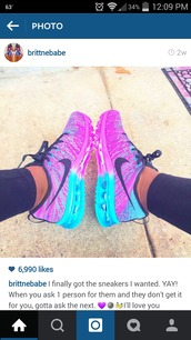 shoes,nike running shoes,multicolor sneakers,sportswear,hair accessory
