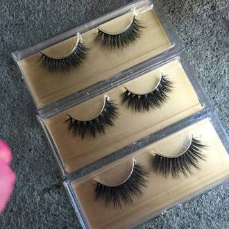 make-up fake eyelashes gold