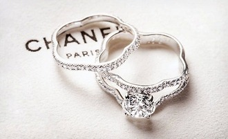 jewels engagement ring wedding accessories chanel