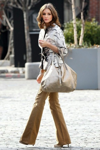 blouse metallic blouse silver top three-quarter sleeves metallic tumblr tumblr outfit olivia palermo pants flare pants camel bag silver bag streetstyle