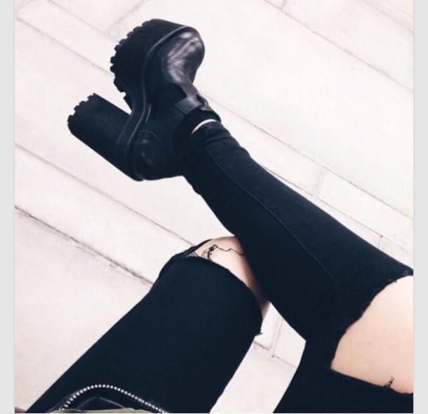 shoes style t-shirt shorts hipster bikini black heels platform shoes boots sunglasses summer dress rock jacket pants jeans black jeans black pants black high waisted pants