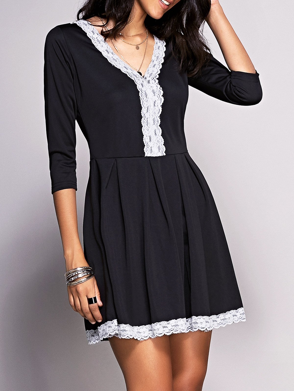 Alluring Plunging Neck 3/4 Sleeve Lace Spliced Women's Dress
