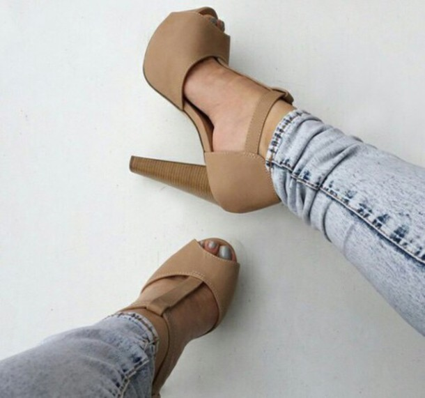 shoes nude casual sandals nude high heels perfect combination