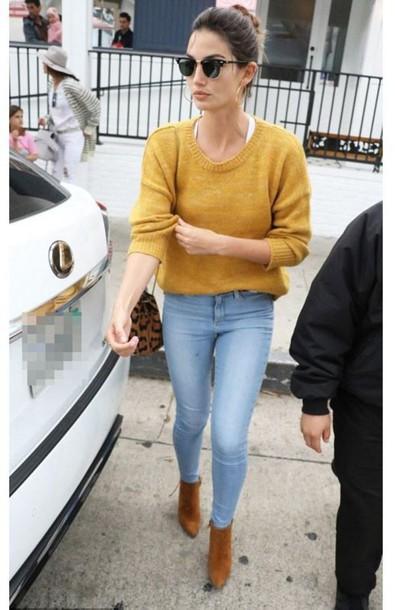 lily aldridge model off-duty ankle boots mustard skinny jeans shoes