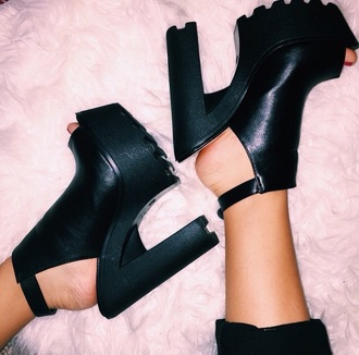shoes black grunge fashion platform shoes leather grunge shoes peep toe
