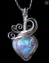 jewels,swirl,opal,heart,necklace,pendant,shiny,rainbow,blue,wire,silver,chain,teardrop,pretty,wow,beautiful,statement,platinum,ooooo