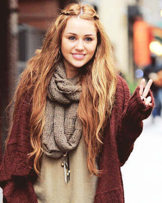 scarf miley cyrus sweater fall sweater jewerly shirt jewels cardigan miley cyrus cardigan burgendy long cardigan infinity scarf knitted scarf fall colors fall accessories