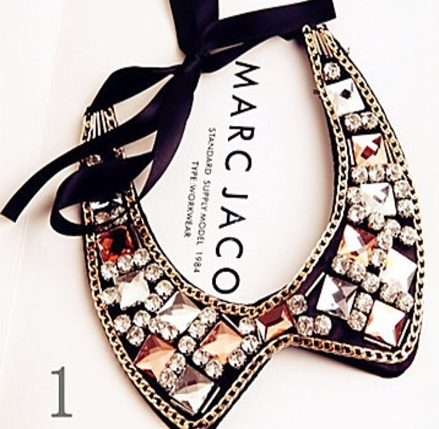 Bejeweled collar necklace  / yummy accessories