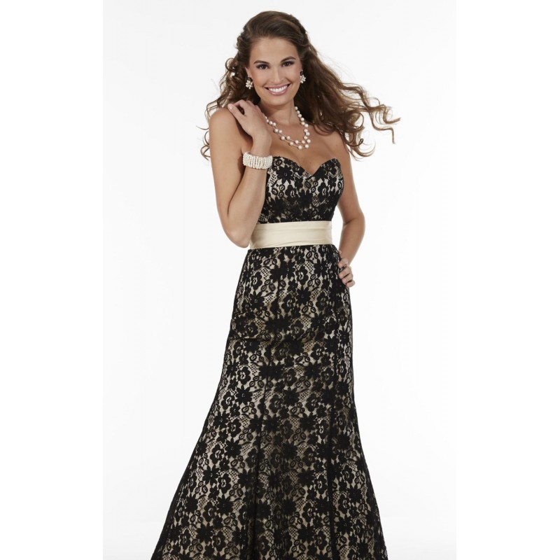 Sweetheart Lace Gown by Pretty Maids 22608 - Bonny Evening Dresses Online